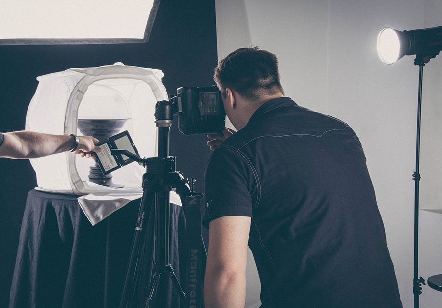 History of Commercial Photography – A Definitive Guide
