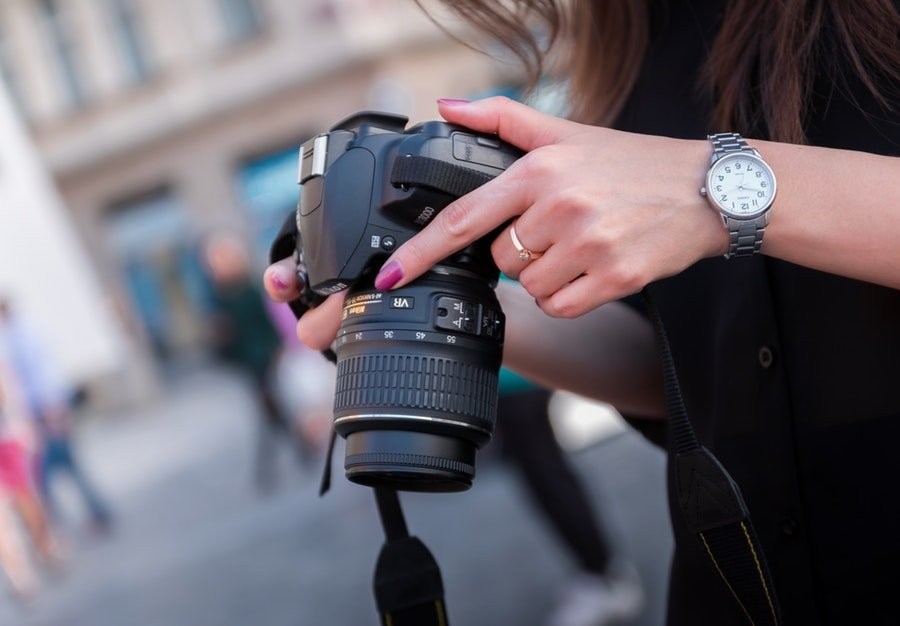 Essential Questions You Should Ask a Photographer Before You Hire
